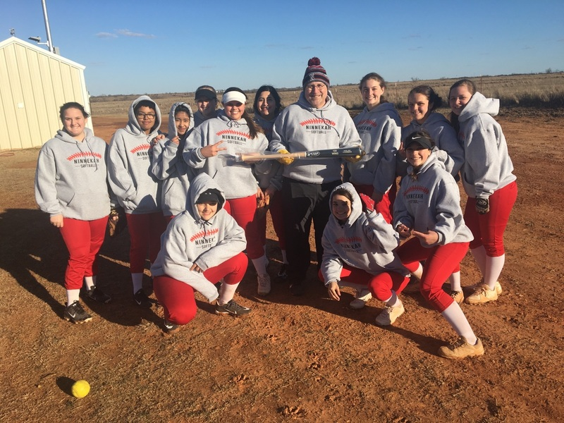 Spring 2019 Ninnekah Softball Team for Shoemake's 100th Win